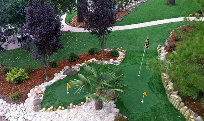 Putting Greens, Artificial Golf Putting Green in Miami, Florida